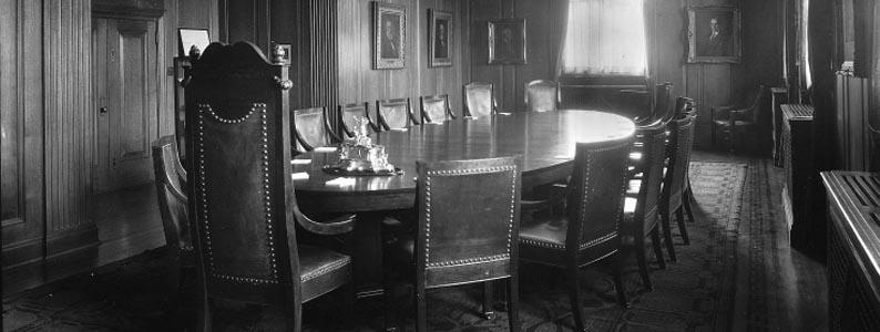 Salle du conseil d'administration, Montréal, 1924, Wm. Notman & Son, Musée McCord, VIEW-21090