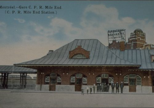 Montréal - Gare C.P.R. Mile End (C.P.R. Mile End Station), Montréal :International Post Card Co.,19--?, Bibliothèque et Archives nationales du Québec, Collection Michel Bazinet: 9-18-a.