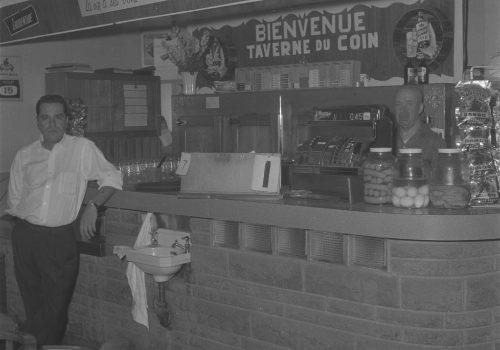 Taverne du Coin, 1963, Archives de la Ville de Montréal, VM94C196-0281