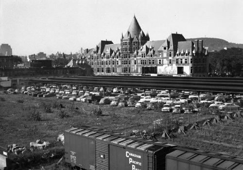 Voies ferrées et gare-hôtel Viger, 1952, Archives de la Ville de Montréal, VM94-Z487-2
